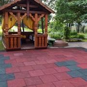 Игровая площадка 2х цветов с применением резиновой плитки